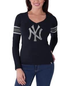 New York Yankees 47 Brand Womens Navy Homerun Long Sleeve Shirt