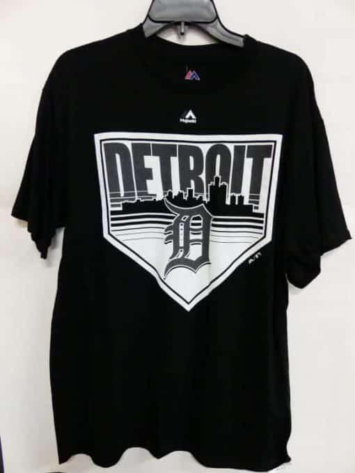 Detroit Tigers Majestic Black City Landscape T-Shirt Tee